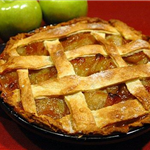 512px-Apple_pie; By Dan Parsons (https://www.flickr.com/photos/dan90266/42759561/) [CC BY-SA 2.0  (h