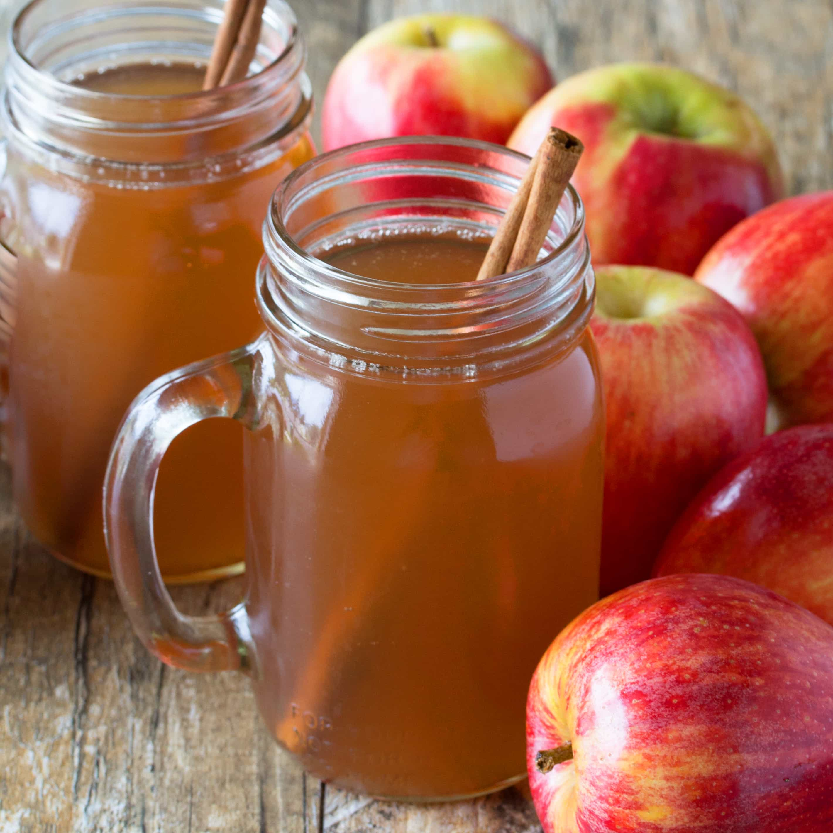 Slow-Cooker-Apple-Cider-SQUARE
